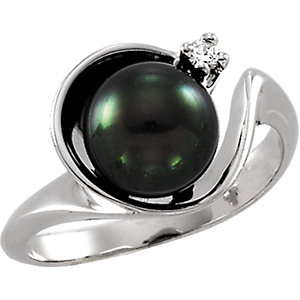 14Kt White Gold Black Cultured Pearl & Diamond Ring