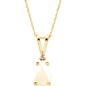 14Kt Yellow Gold Opal & Diamond Necklace