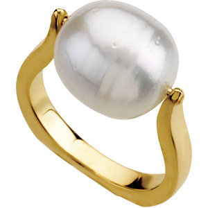 14Kt Yellow Gold South Sea Cultured Pearl Ring