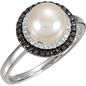 14Kt White Gold Pearl with Black & White Diamond Ring